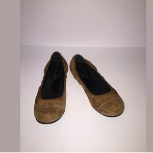 🌿 H by Halston Women's Flats Size 7 Brown
